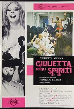 Giulietta-Degli-Spiriti-52